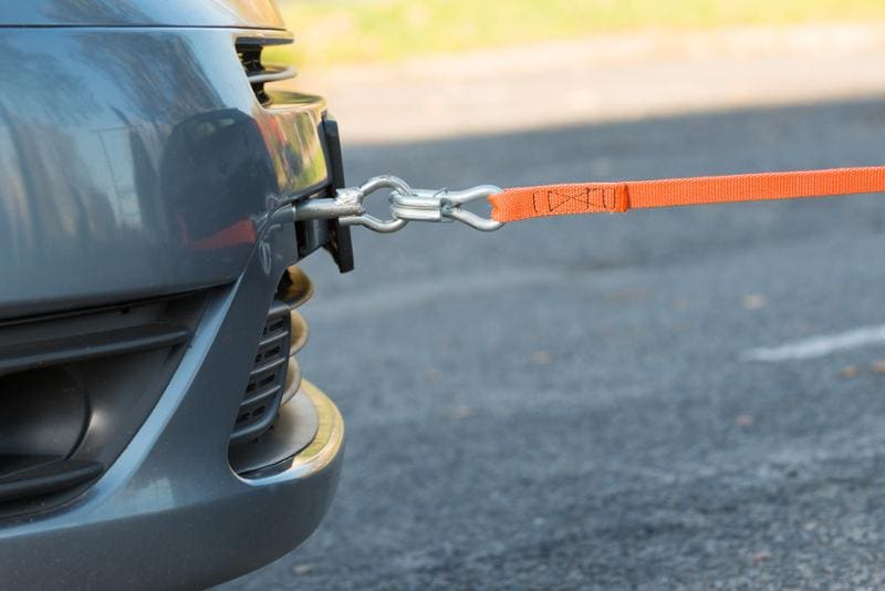 holowanie samochodu